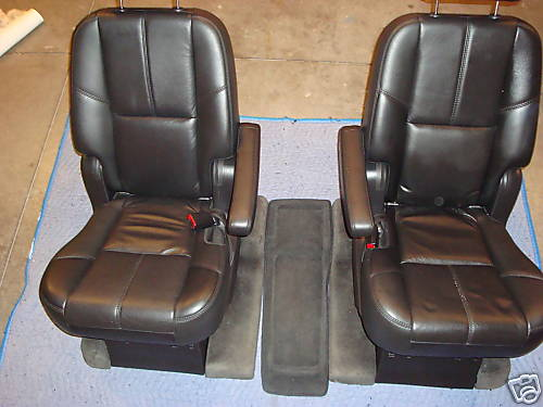 07 Tahoe Captains Chairs Seats Ebony Leather Chevrolet
